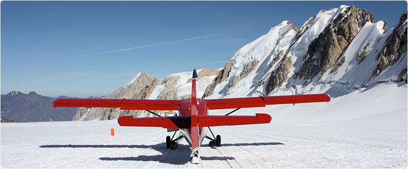 Alaska flight seeing red small fixed wing